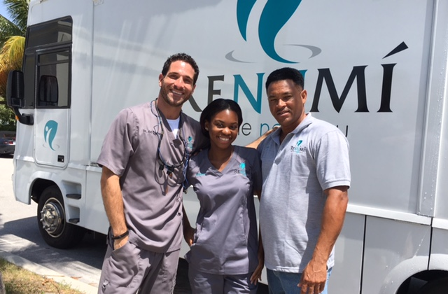 renumi mobile dental team